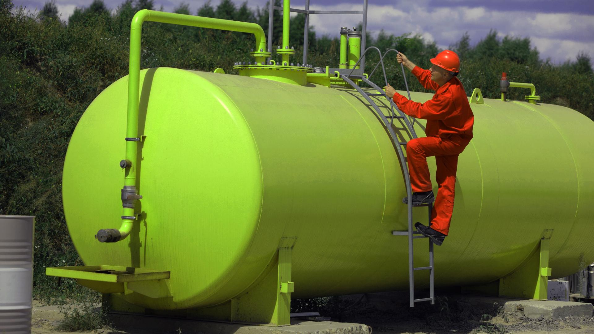 Batterietanks Stahl bis 2.000 Liter/Stück